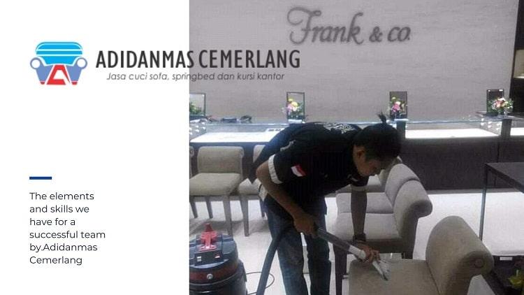 Cuci Sofa Jakarta Timur